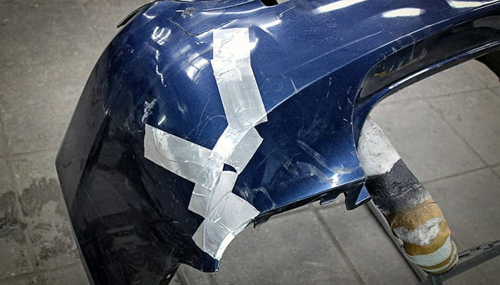 1. Reparación de agujeros pasantes en el parachoques