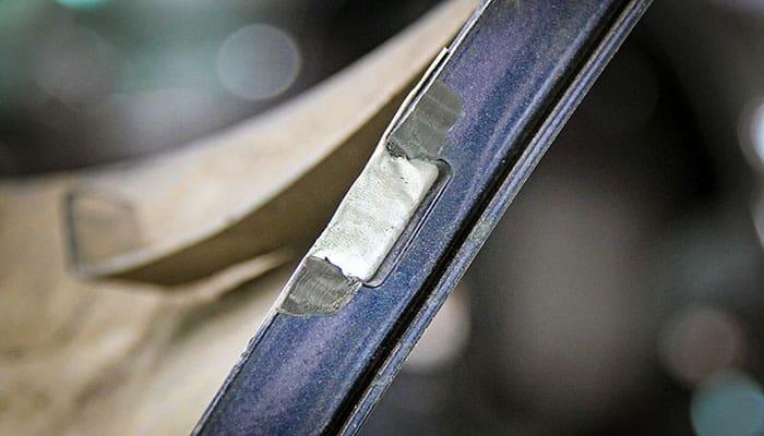 Reparación del soporte del parachoques